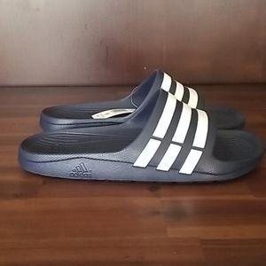 🆕️ Adidas Durango slide sandal men's 9